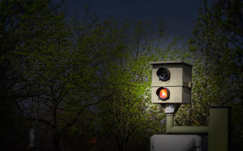 """Radarwarner Ratgeber - Für die so genannten """"Starenkästen"""" empfehlen wir Kombigeräte, die mittels GPS vor derartigen POI (Point of Interests) warnen."""